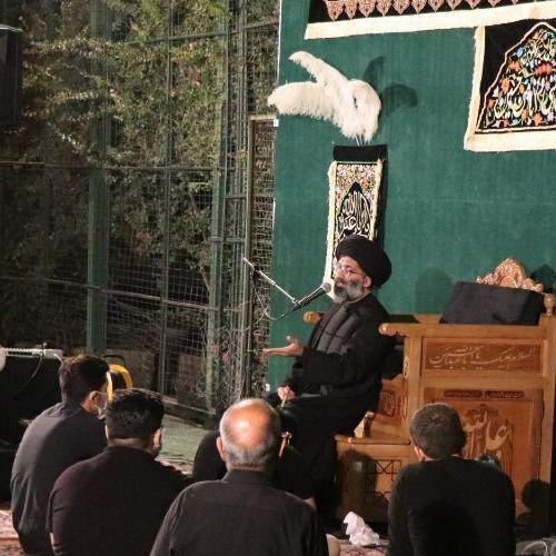 گزارش تصویری سخنرانی حجت الاسلام والمسلمین موسوی مطلق در شب شهادت امام سجاد (علیه السلام) - بیت الزهرا (س)