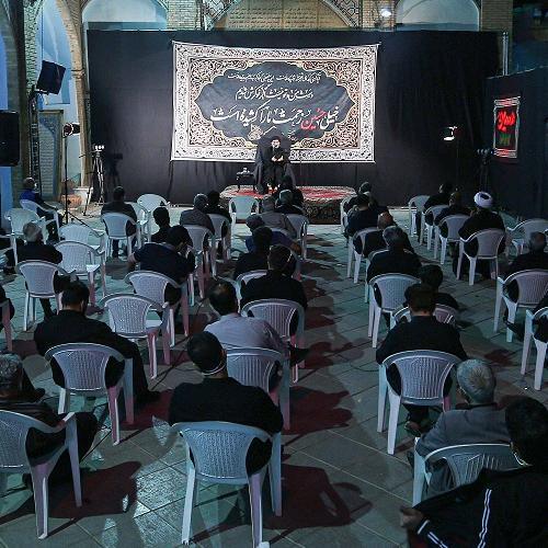 گزارش تصویری از سخنرانی استاد سیّدعباس موسوی مطلق در دهه سوم محرم - اصفهان  شب اول