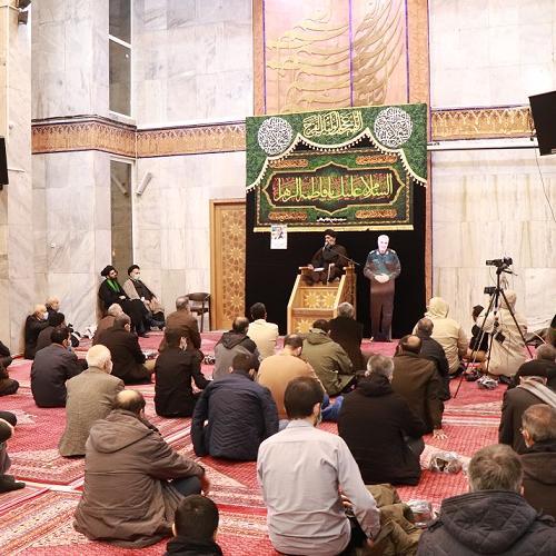 گزارش تصویری از سخنرانی استاد سیّدعباس موسوی مطلق در شب شهادت حضرت زهرا (علیها السلام) فاطمیه اول