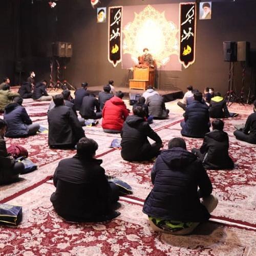گزارش تصویری از سخنرانی حجت الاسلام موسوی مطلق در شام شهادت حضرت زهرا سلام الله علیها