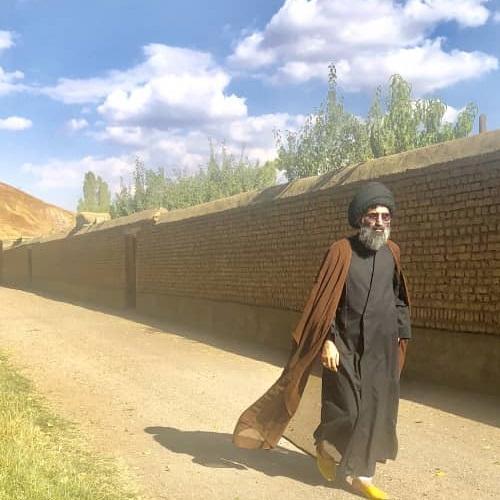 سفر استاد موسوی مطلق به روستای ایستا با عقائدی خاص